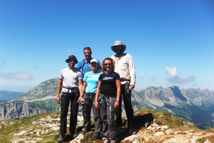 Au sommet du Mont aiguille avec les guides de grenoble