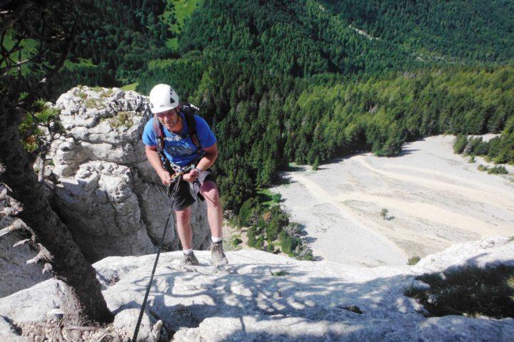 descente en rappel du Mont aiguille bureau des guides de grenoble