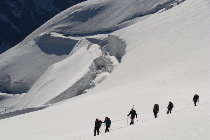 Dôme des Ecrins avec le bureau des guides de Grenoble