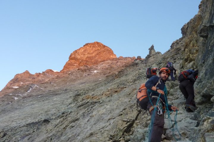 escalade sur l'arête hörnli au Cervin avec les guides de Grenoble