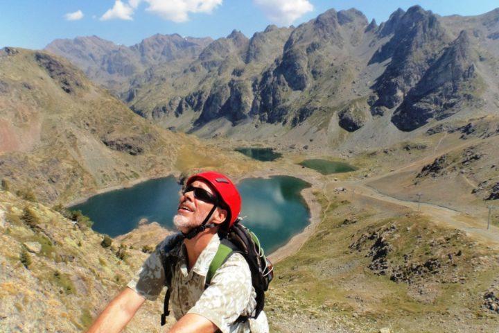 Dans la via ferrata des lacs Robert Chamrousse