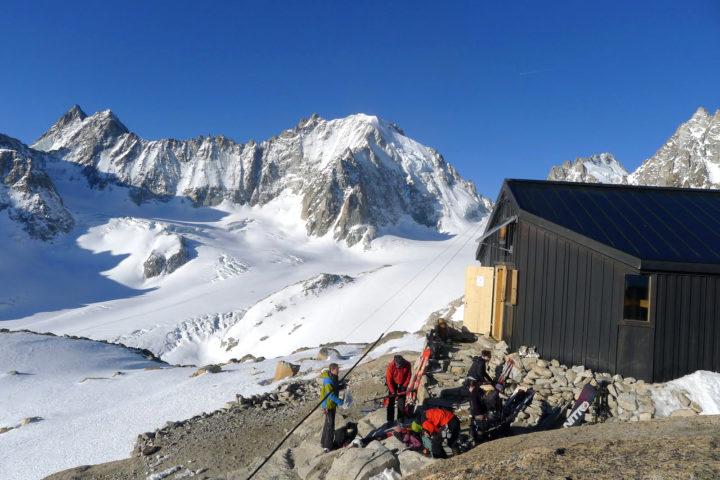 raid à ski avec le bureau des guides de grenoble