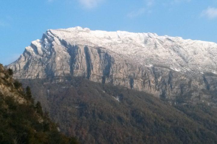 le Néron sous la neige depuis les gosses mythiques