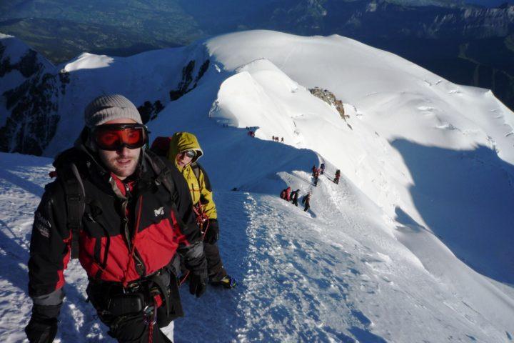 à 1 heure du Mont-blanc avec le bureau des guides de Grenoble