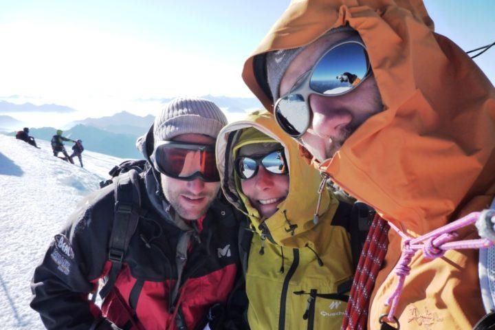 bureau des guides de Grenoble au sommet du Mont-blanc