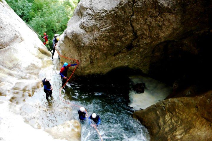 vasque avant la cascade de 70 mètres