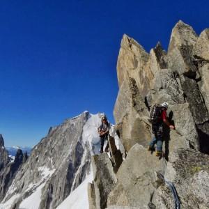 alpinisme et escalade à Chamonix avec le bureau des guides de Grenoble
