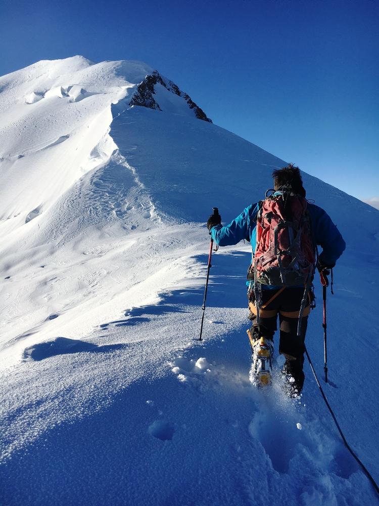 Sur l'arête des bosses au Mont Blanc, premier passage 2016
