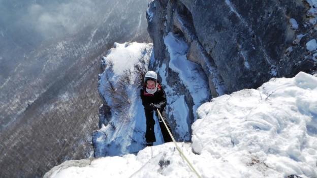 Alpinisme hivernal avec des Collégiens